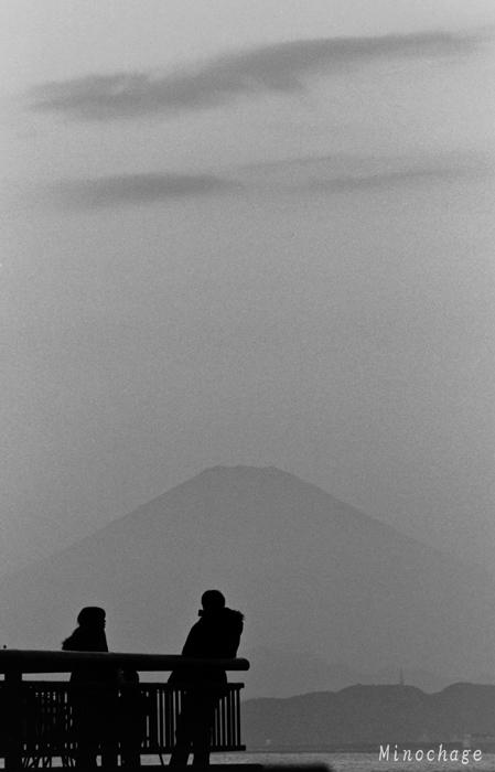 湘南から富士山を望む